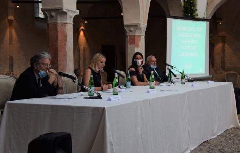 """""""Brebemi, non solo autostrada, strumento per incontrare città, paesi cultura e arte"""": alcuni momenti della presentazione a Bariano"""