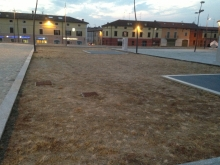 Il parco è morto: nemmeno l'erba ha il diritto di crescere nonostante i milioni di euro spesi
